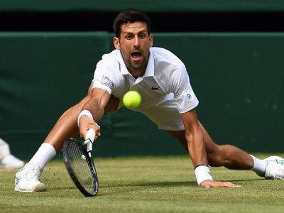 Djokovic vence a Bautista y disputará su sexta final en Wimbledon