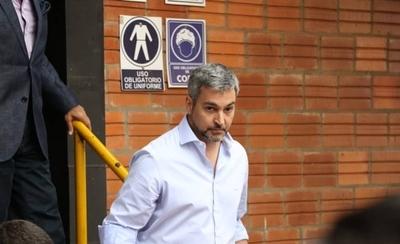 HOY / Abdo dice que no es amigo de Llanes y que el país necesita una justicia independiente