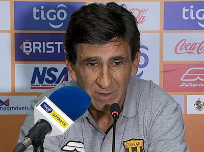 Gustavo Costas cree que el partido lo perdieron ellos mismos