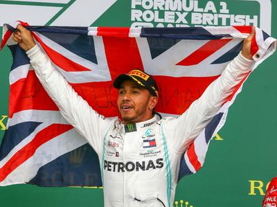 Hamilton de adjudica el GP de Gran Bretaña