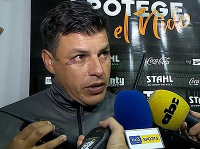 Alfredo Cano analiza la dura derrota ante el tricampeón