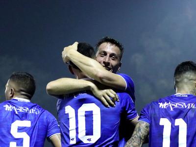 Ignacio Colombini hace el mejor gol de la primera fecha