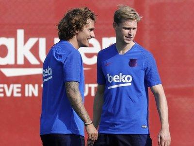 Primer entrenamiento del Barcelona con caras nuevas