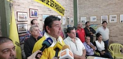 HOY / Martes, día de atascos y furia  en capital: taxis anuncian cinco  arterias que abarcarán marcha