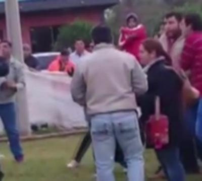 Caos tras partido de fútbol en Ayolas