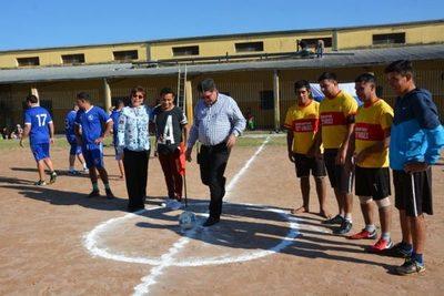 Arrancó el torneo de fútbol en la Unidad Penitenciaria Industrial Esperanza