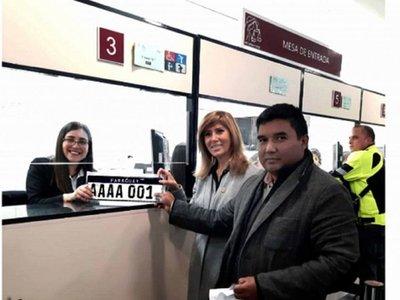 En dos semanas entregaron más de 7.000 patentes del Mercosur