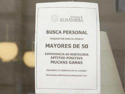 Un restaurante solo emplea a adultos de más 50 años