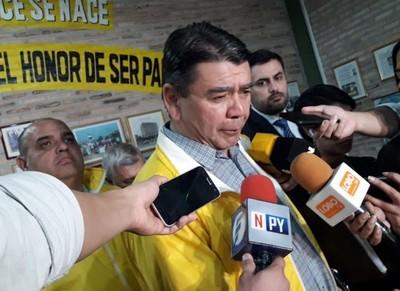 El caos es por culpa de la 'publicidad engañosa', sostiene Arístides Morales