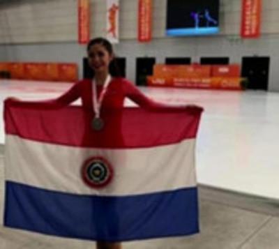 Joven paraguaya protagoniza hazaña histórica en Mundial de Patinaje