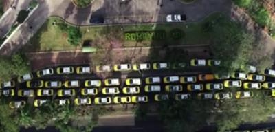 Taxista en contra de la movilización opina