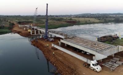 Puente entre Minga y Hernandarias concluirá en noviembre