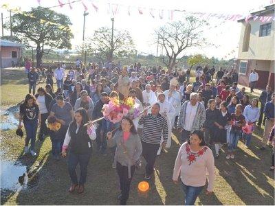 Carmelo Peralta celebra la fiesta de la Virgen del Carmen