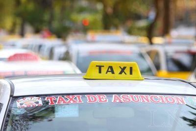 Conductor de UBER denunció ser acorralado por taxistas en la Terminal