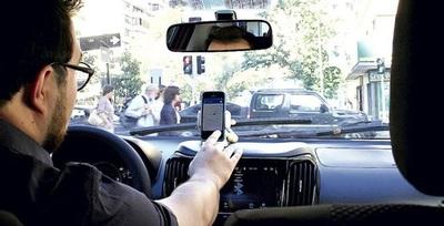 Conductor de Uber narra cómo fue agredido por taxistas