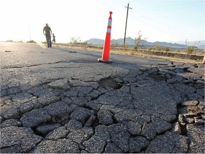 Inyección de aguas de desecho por petroleras aumenta potencia de terremotos
