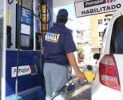 Ni gua'uhápe va  a bajar el precio  de combustible