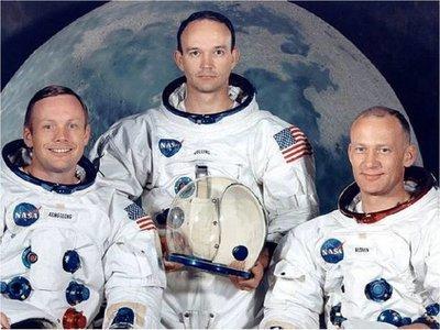 Collins valora liderazgo de Armstrong en viaje a la Luna
