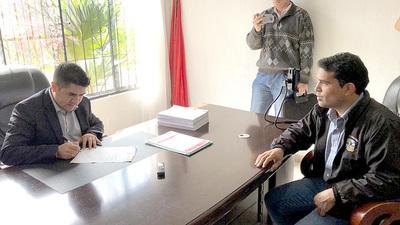 Tras pedido de informes, Godoy propone rendir cuentas públicamente ante colorados