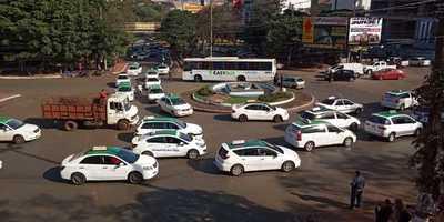 Tras movilización, taxistas dicen que están abiertos a una mesa de negociación