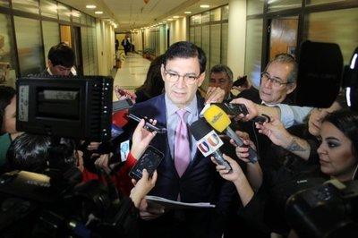 De 200 millones a G. 5.500 millones subió el activo del senador Silvio Ovelar