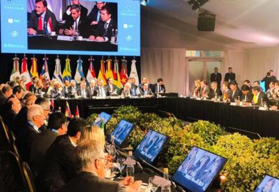 Mercosur acuerdaeliminar cobro del roaming