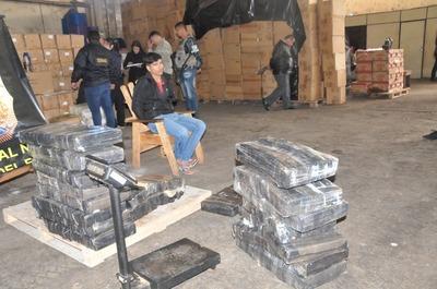 Atrapan a un mula que pretendía llevar más de 240 kilos de marihuana al Brasil