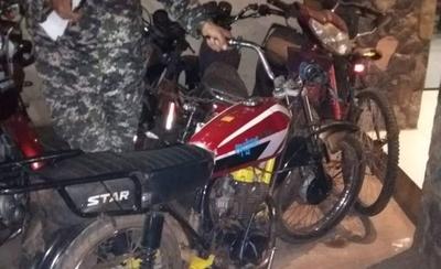 HOY / Motochorros detenidos se encontraron con su víctima en comisaría