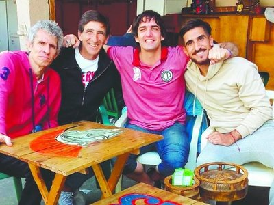 Costas visitó a Aquiles Báez en Tacumbú