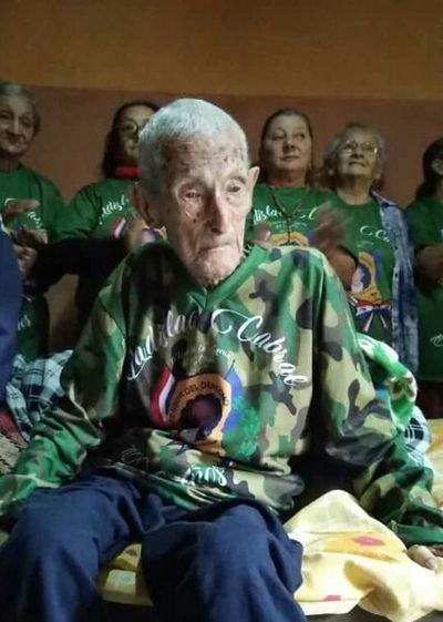 Fallece excombatiente Ladislao Cabral, de 109 años