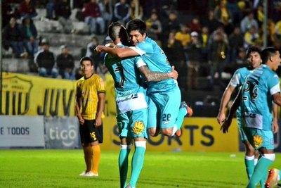 Santaní goleó al Sud América