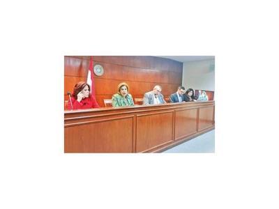 Ministros de la Sala Constitucional dicen que aún no decidieron acción