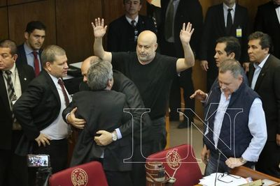 """""""Payo Cubas lleva adelante una táctica de provocación"""""""