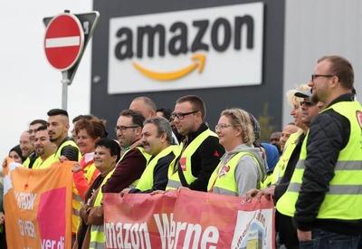 """Los trabajadores de Amazon """"forzados a orinar en botellas de plástico porque no pueden ir al baño en el turno"""""""