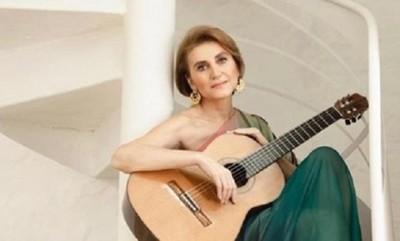 """Berta Rojas recibe el galardón """"guitarra de plata"""""""