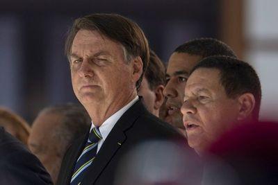 """Bolsonaro matiza y dice que en Brasil """"algunos pasan hambre"""""""