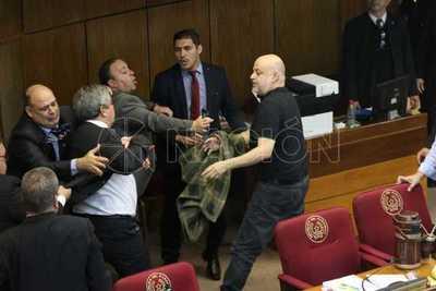 """""""Pido disculpas al pueblo paraguayo por el bochornoso espectáculo"""""""
