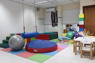 Habilitan sala de estimulación multisensorial en el Acosta Ñu
