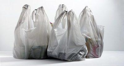 Panamá se convierte en el primer país centroamericano en prohibir bolsas de plástico
