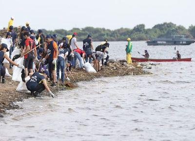 Instan a reducir uso de plásticos para conservar el ecosistema