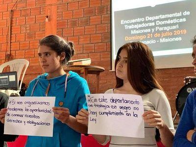 Trabajadoras domésticas intercambian preocupaciones en Misiones