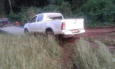 Persecución y abandono de una camioneta narco