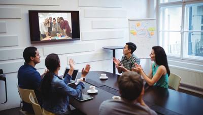 3 a 5 reuniones semanales fuera de la oficina: ¿Cuán conveniente es mantener este ritmo?