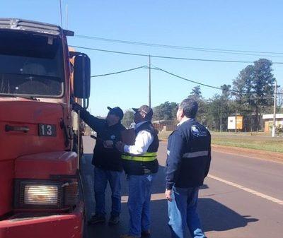 Estrictos controles a transportes de cargas en Ciudad del Este