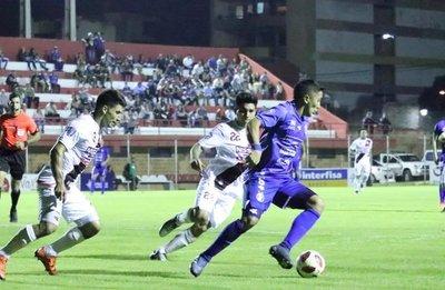 Sol de América rescató un empate ante River