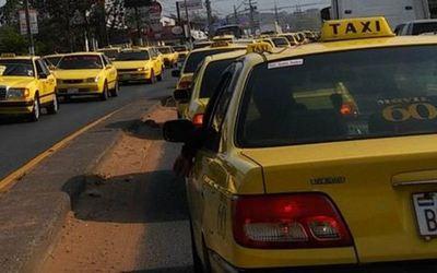 """Taxistas sitiarán Asunción y Central: """"el servicio de taxi es una tradición, no puede desaparecer"""""""