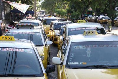 """""""Fuerzas del orden deben intervenir en caso que taxistas quieran bloquear el transito"""""""