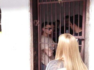 """Liberaron a presos tras caer con  """"porrito"""""""