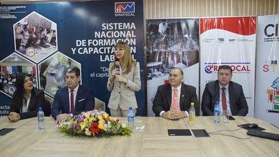 Ministerio de Trabajo ofrece acompañamiento integral a jóvenes para campo laboral