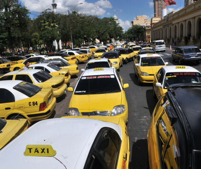 Alerta de seguridad por paro de taxistas